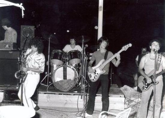 Juillet 1981 Jacky Dubessy nous met sur scène!